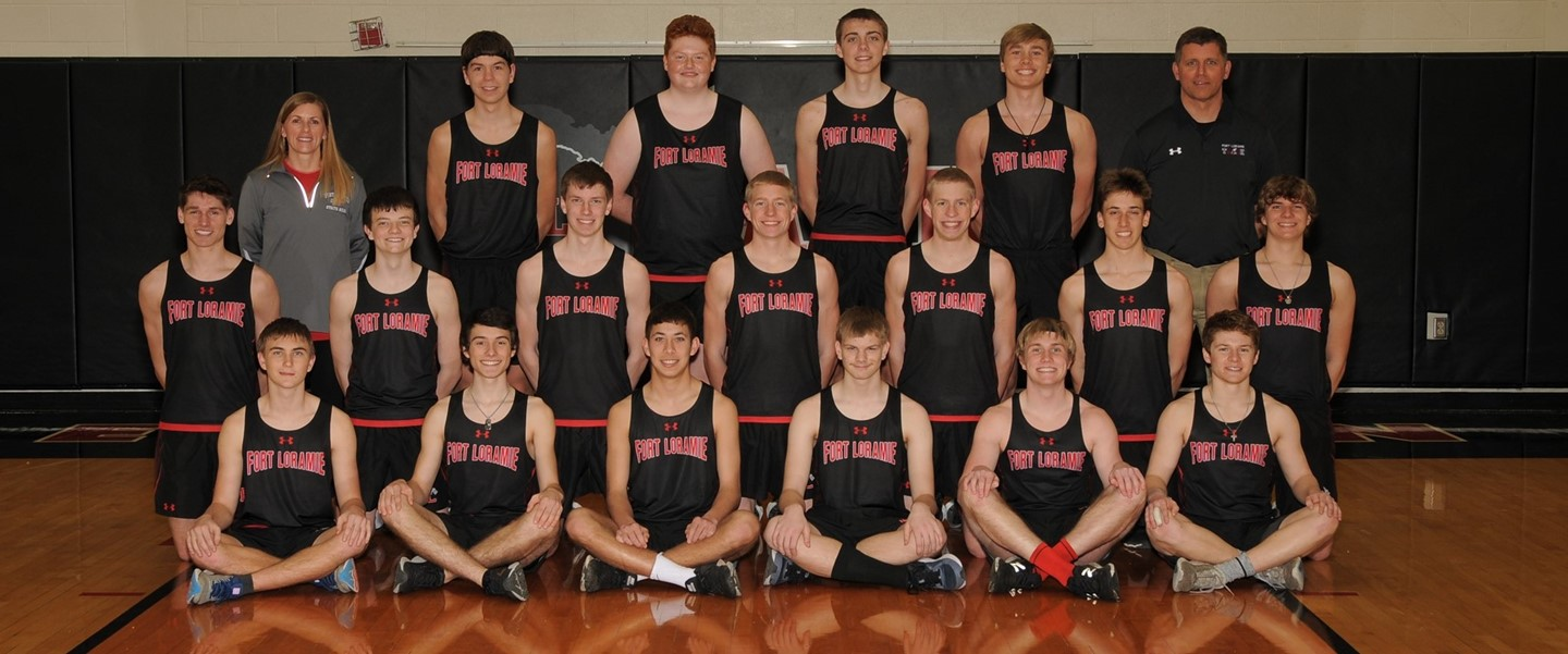 HS Boys Track Team Picture